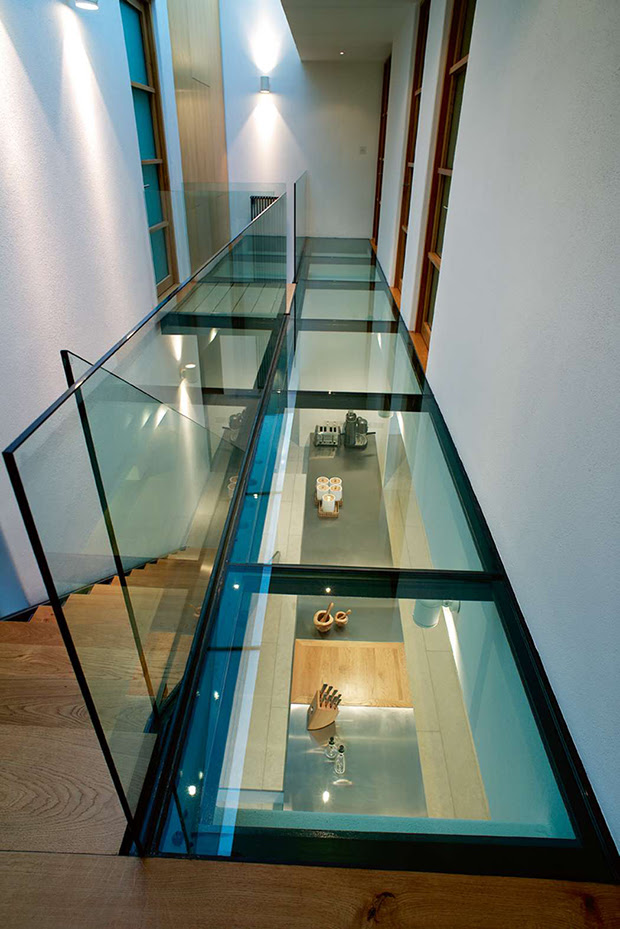 We Customize Glass with Your Customer In Mind